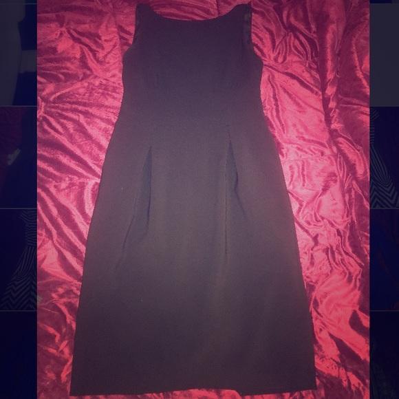 Jones New York Dresses & Skirts - Jones New York Black Shirt Dress w/Front Pockets